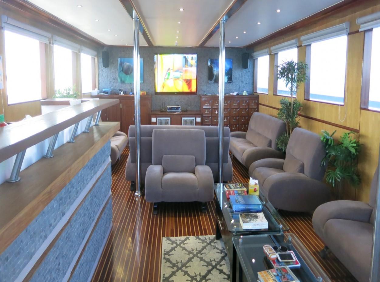 sky lounge, blue Voyager, Maldives