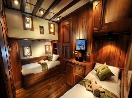 Palau Siren, Twin Cabin,