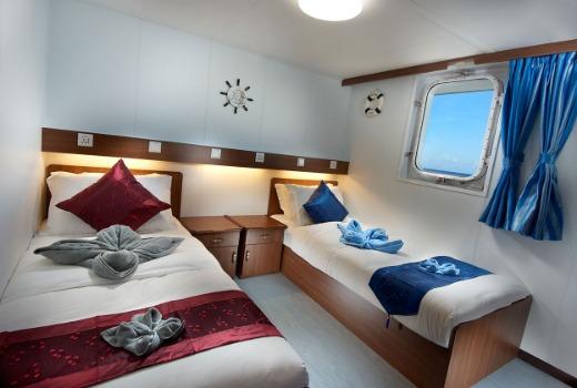 M/V French Polynesia Master liveaboard vessel, twin cabin