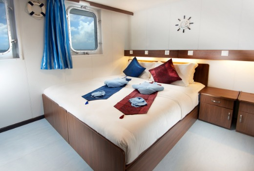 M/V French Polynesia Master liveaboard vessel, twin/double cabin
