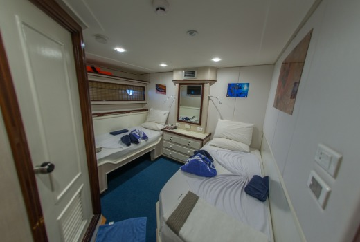 twin cabin, blue Voyager, Maldives