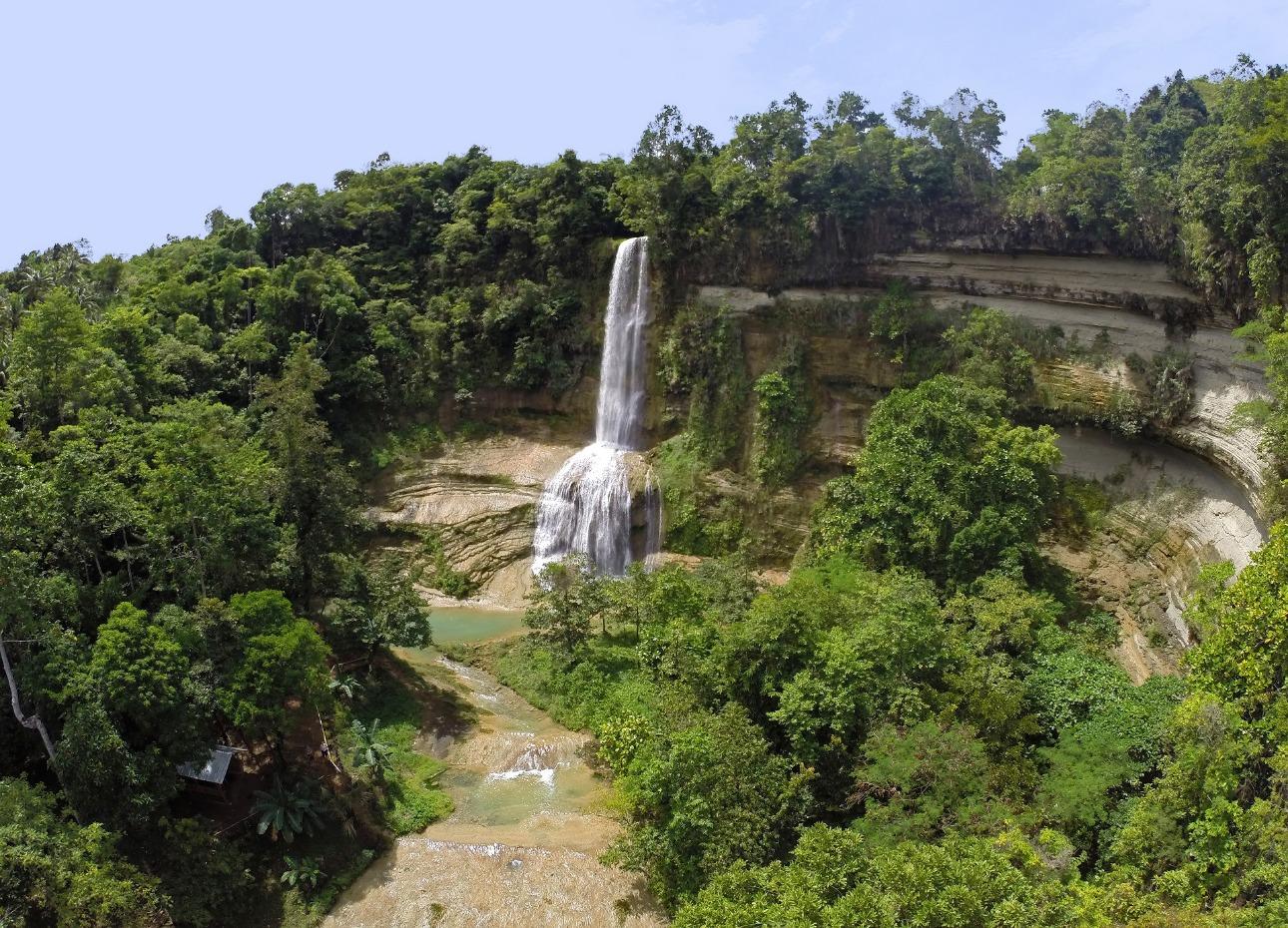 Philippines, Bohol, Magic Oceans Dive Resort, Waterfall, image