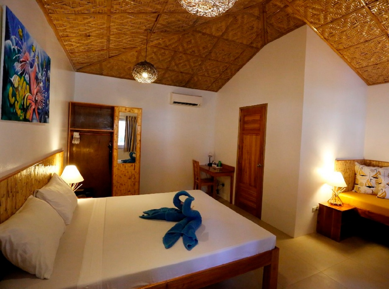 Philippines, Bohol, Magic Oceans Dive Resort, Bedroom, image