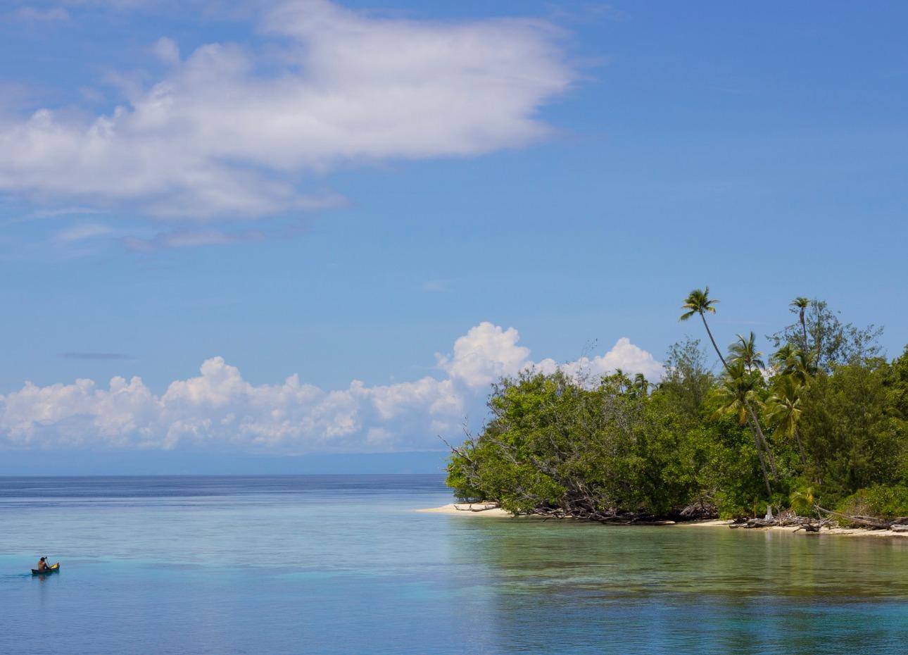 Solomon Islands, Edge of Island, image
