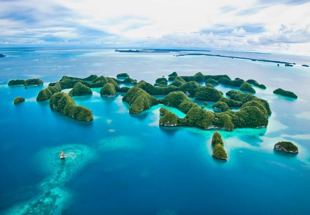 Palau, Landbased Diving in Palau, image