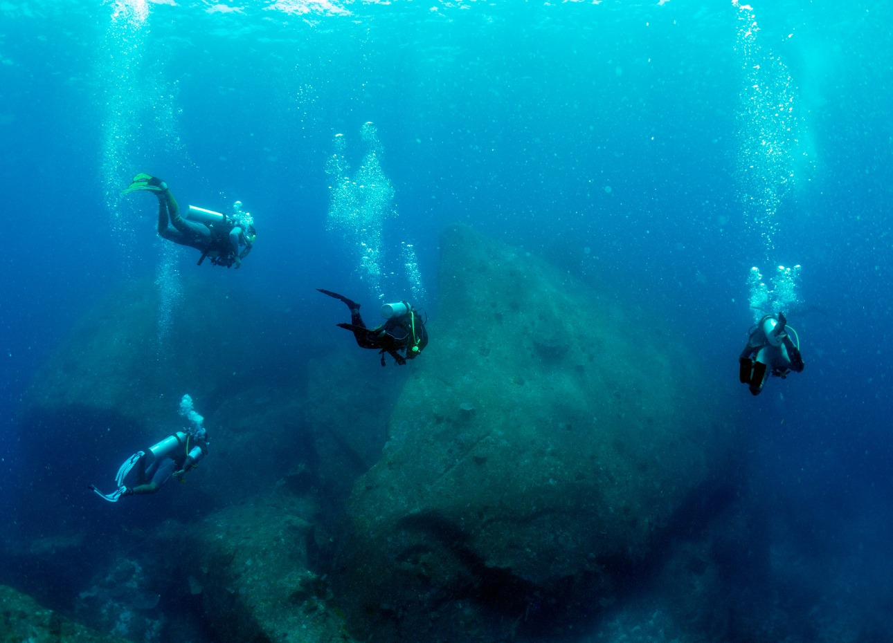 Divers exploring Thai wreck
