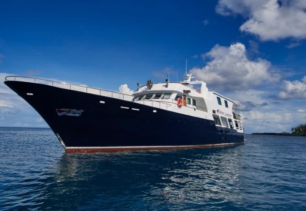 M/V Truk Master sailing Bikini Atoll, Micronesia