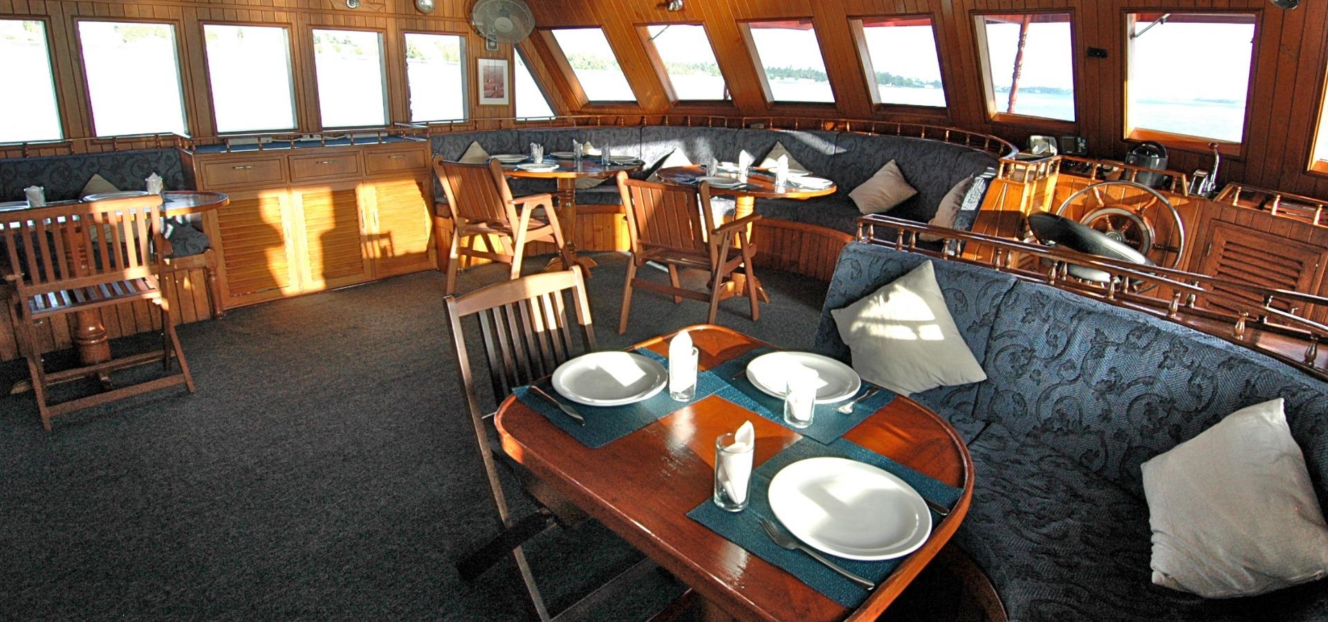 Sea Spirit, dining area, Maldives