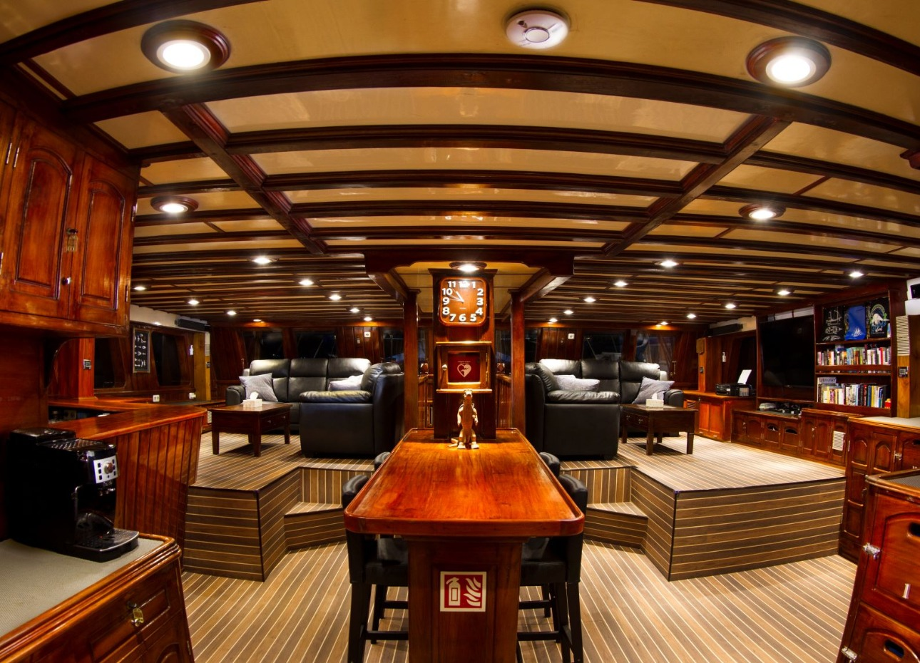 Indo Siren Lounge