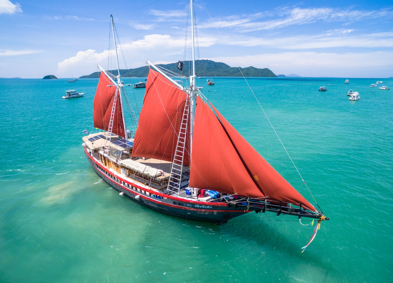 S/Y The Phinisi diving boat